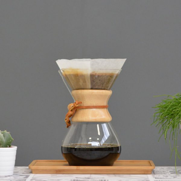 Beautiful picture of a chemex with brewed coffee