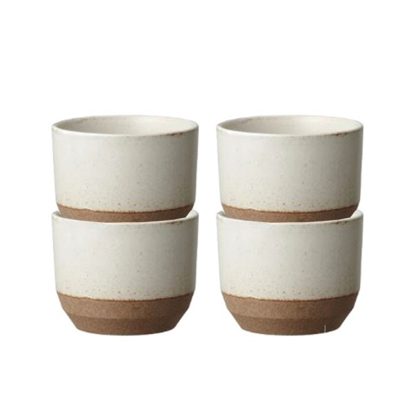 Ceramic coffee cups by kinto